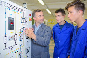 Alternance-Apprentissage-Techncien-de-Maintenance